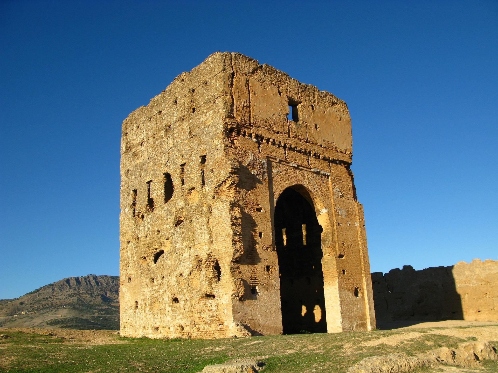 tombs-merenids-fez-morocco
