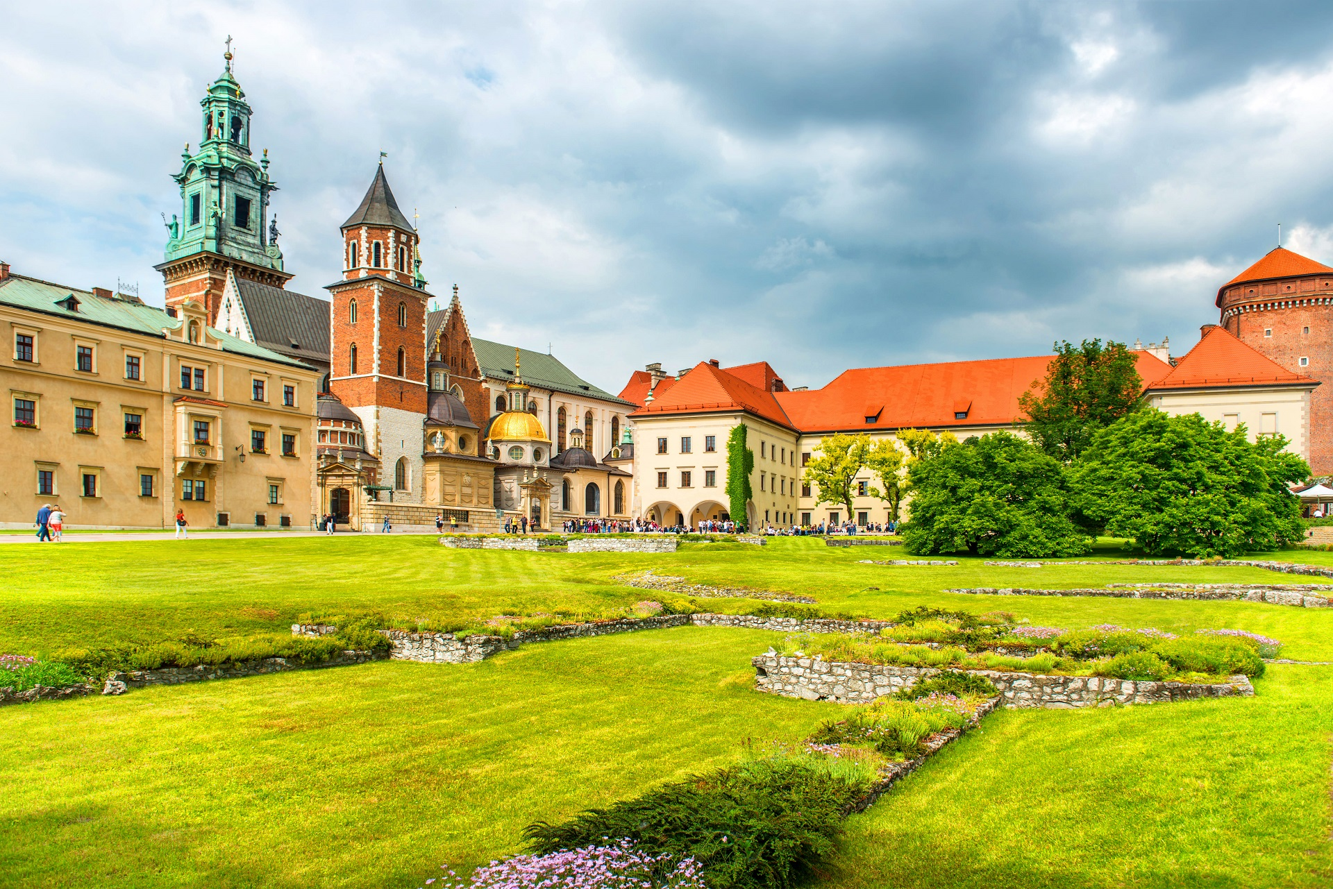 wawel-cathedral-krakow-poland-green-lawn-against-castle